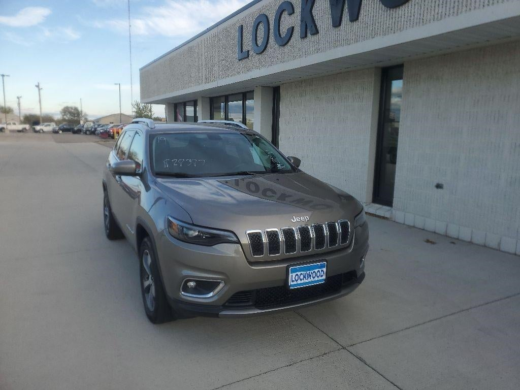 Used 2019 Jeep Cherokee Limited with VIN 1C4PJMDXXKD367946 for sale in Marshall, Minnesota
