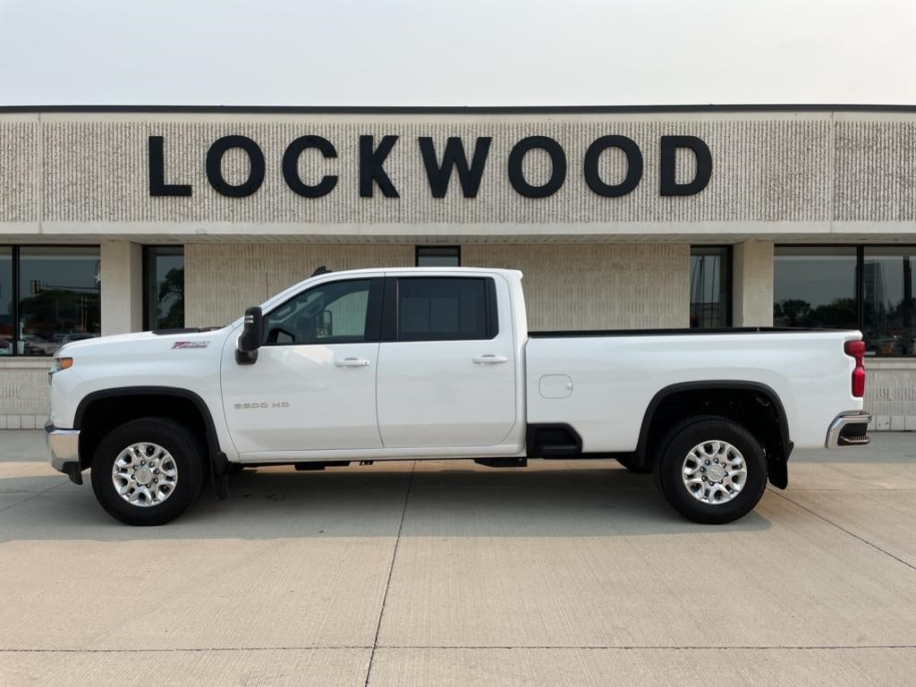 Used 2020 Chevrolet Silverado 3500HD LT with VIN 1GC4YTE72LF163865 for sale in Marshall, Minnesota