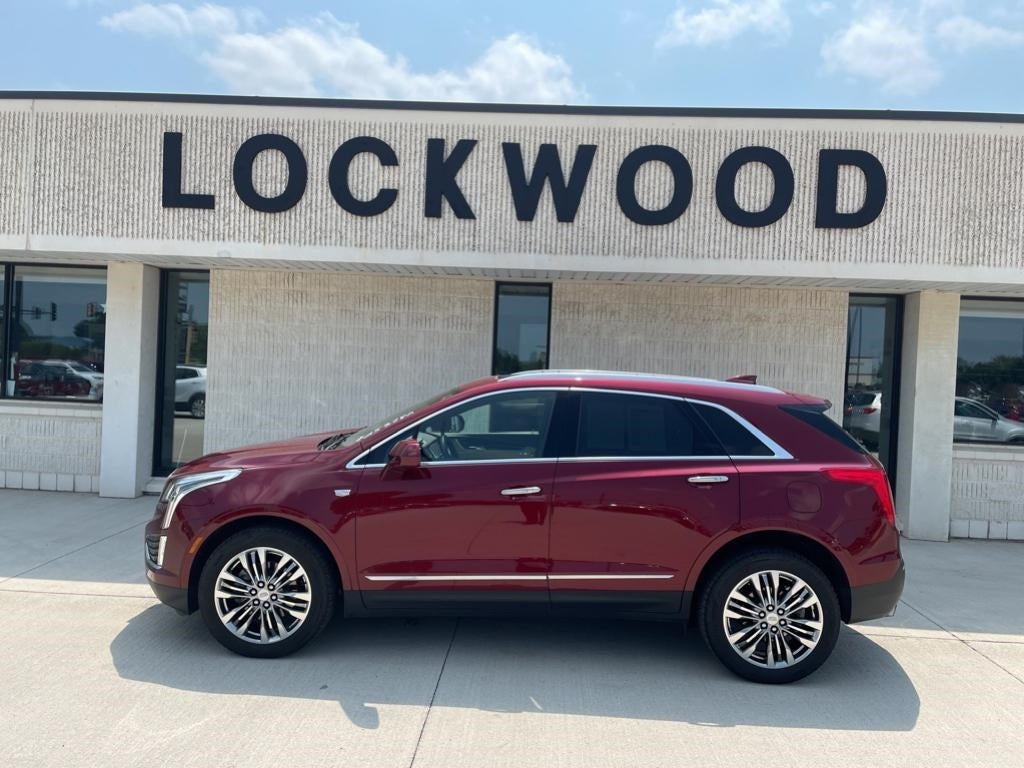 Used 2017 Cadillac XT5 Premium Luxury with VIN 1GYKNERS8HZ255279 for sale in Marshall, Minnesota