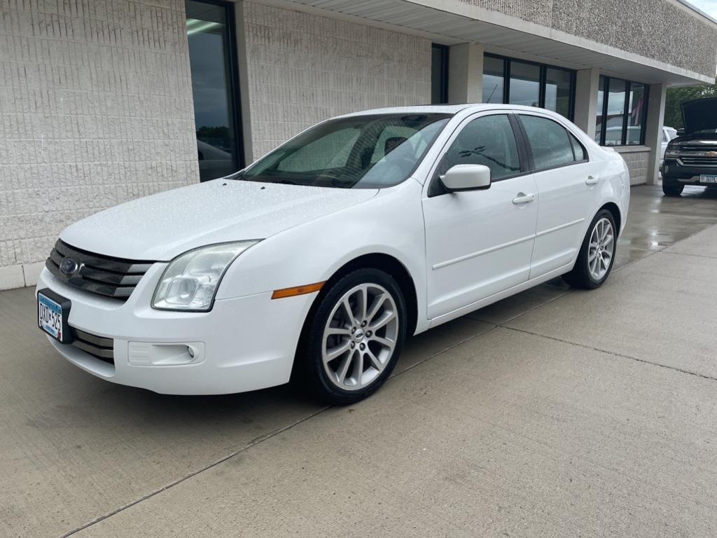 Used 2009 Ford Fusion SE with VIN 3FAHP07Z39R138718 for sale in Marshall, Minnesota